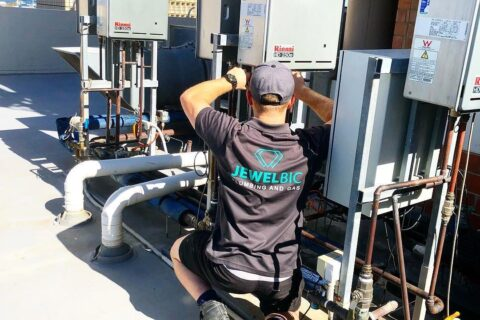 How to Hire a Plumber: Jewelbic Plumbing & Gas